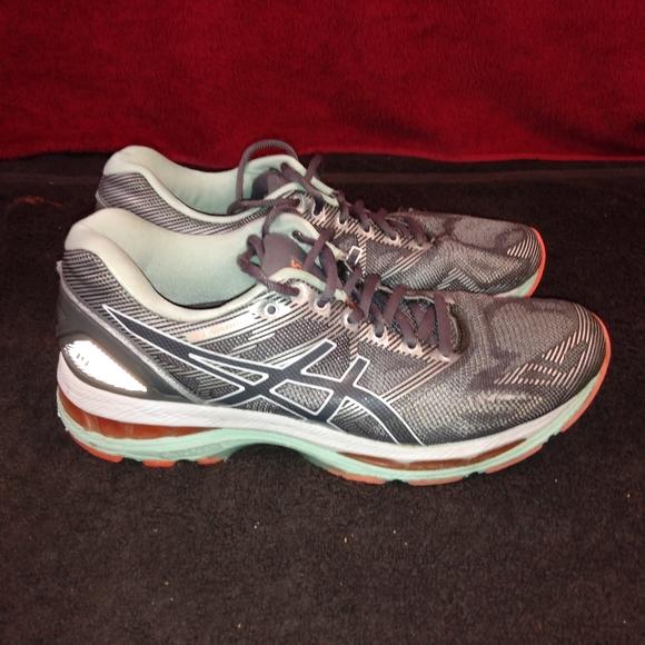 ASICS Gel Nimbus 19 Women's Running Shoes sz 8.5